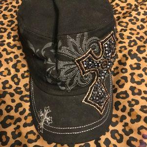 Accessories - Showman couture hat